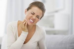 Razones-por-las-que-duelen-los-dientes-1